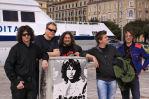 "von li. nach re.: Frontman und Lead-Sänger Jason ""Jim"" Boiler, Jürgen Schaupp (Bass), Klaus Bergmaier (Keyboards), René Galik (E-Gitarre), Christoph Zauchinger (Schlagzeug)"